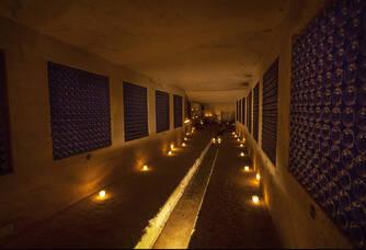 Les caves où reposent le vin du Château de La Rivière